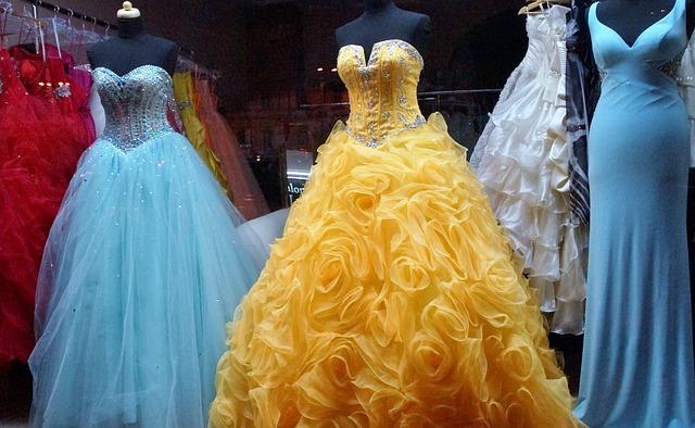 šaty na ples.jpg