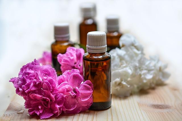 éterické oleje a květiny